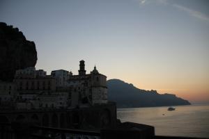 Amanecer en la Costa Amalfi